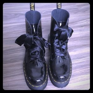 Dr. Martens Molly 8 eye boots size 8
